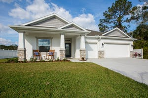 979 Crocus St NE Palm Bay, FL 32909